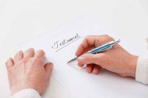 Testament verfassen Infos, Inhalt und Besonderheiten
