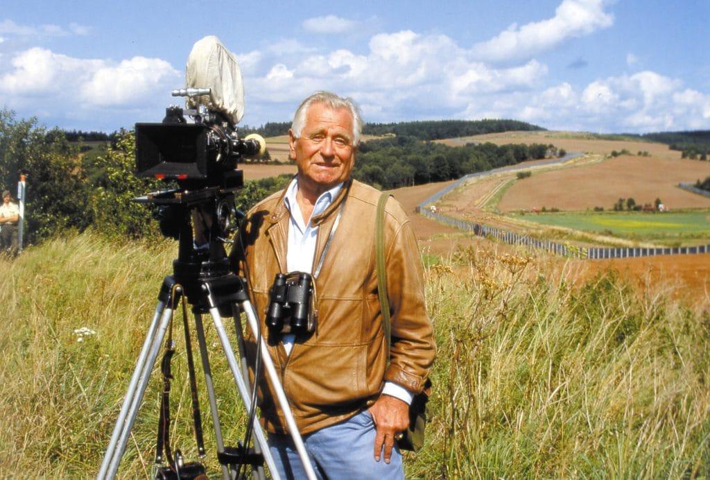 Kameramann an einer Staatsgrenze