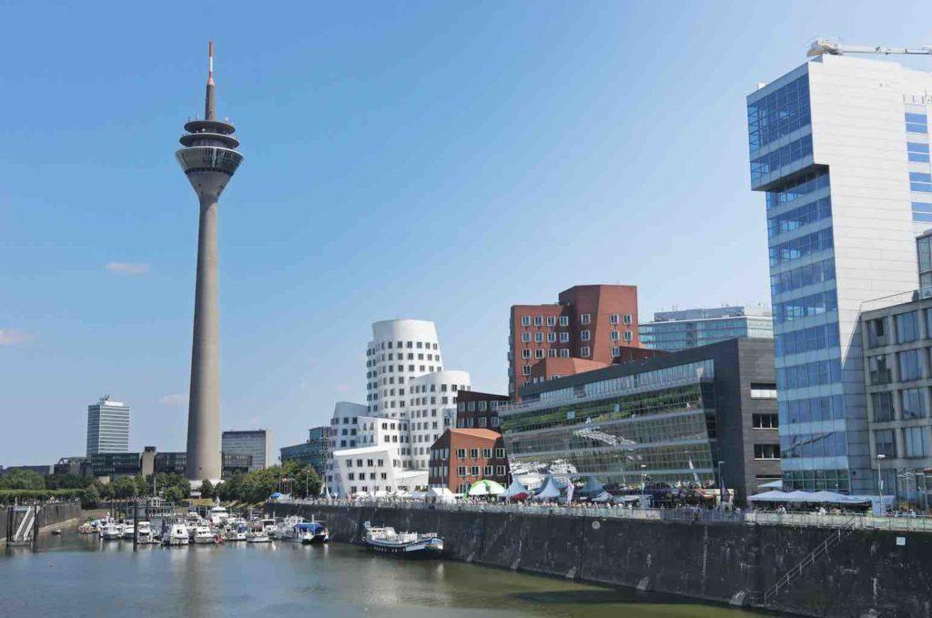 Blick auf Düsseldorfer Stadt
