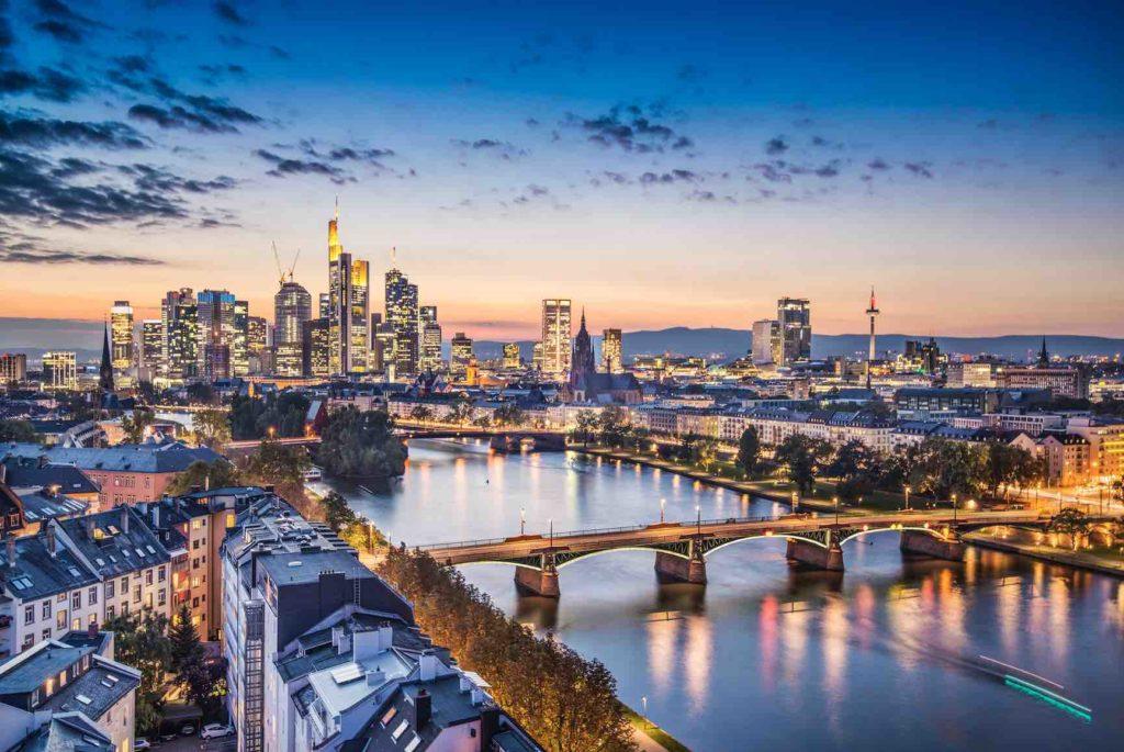 Blick auf Stadt Frankfurt